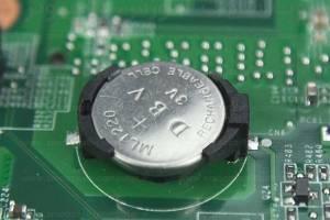 آموزش تعویض باتری مادربرد
